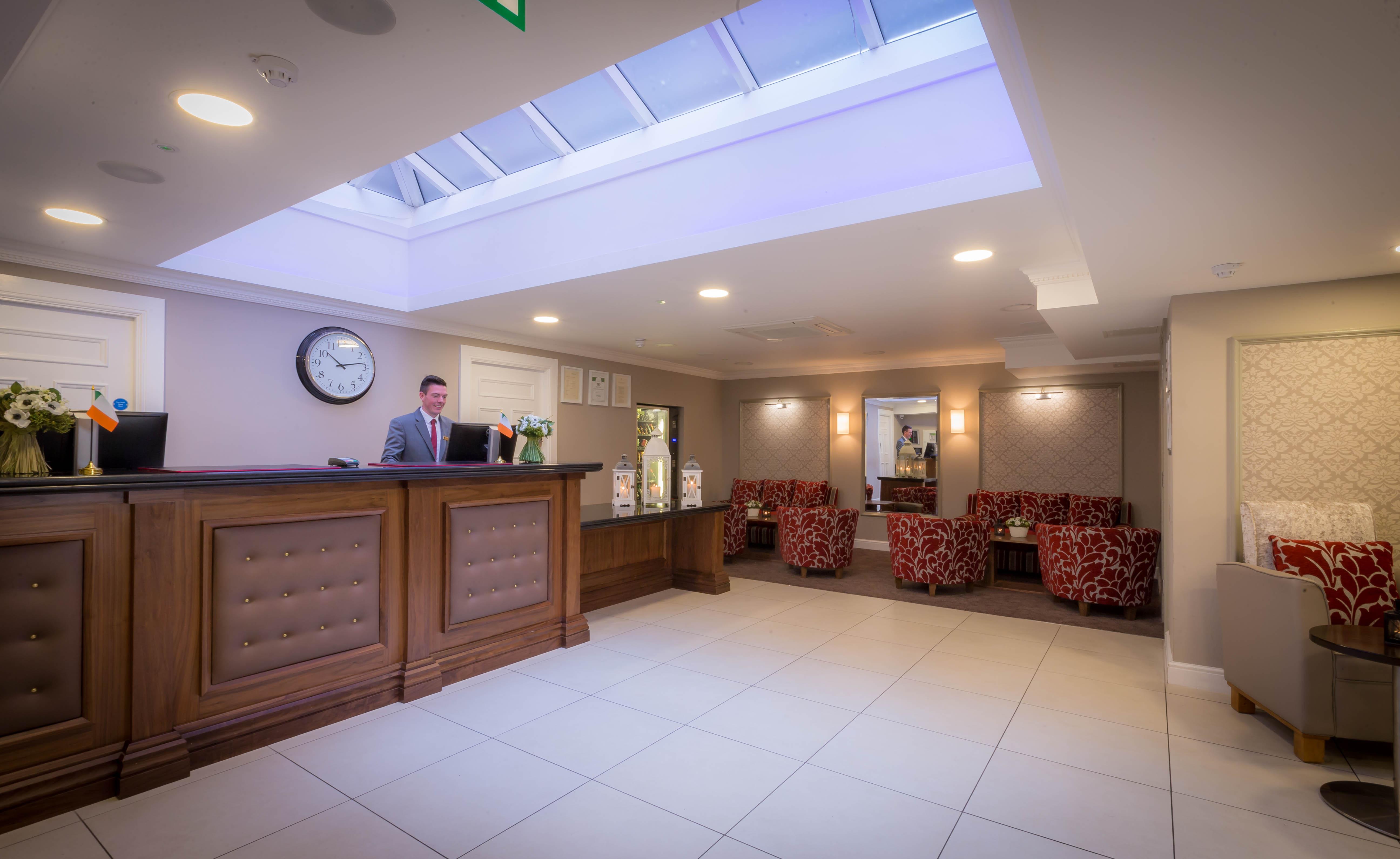Belvedere-Hotel-Reception-6
